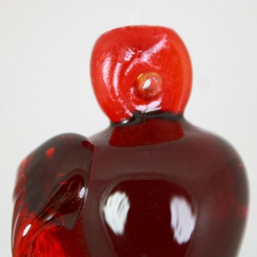 Frutto pendente vetro di Murano con codolo forato. Mela rossa in fogo.