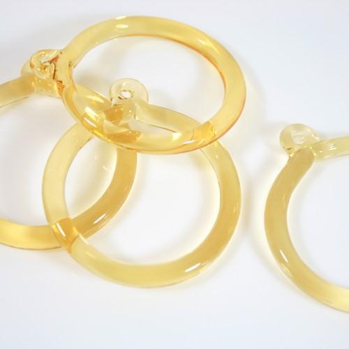 Anello pendente Int. Ø43 mm vetro di Murano giallo chiaro in fogo