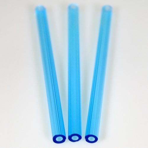 Cannetta in vetro color acquamare lunghezza 8 cm Ø6 mm