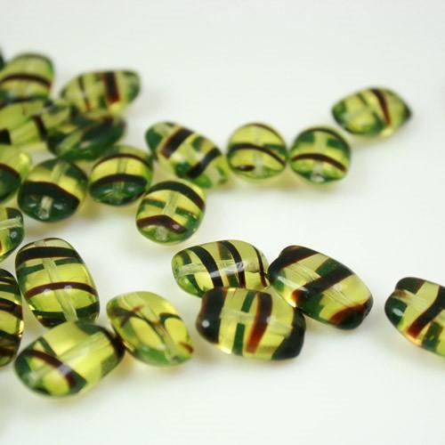 Perla allungata in vetro trasparente striata verde e marrone, 15 mm