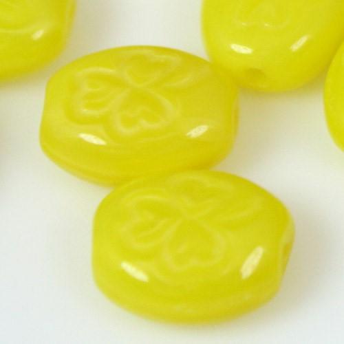 Perla ovale in pasta di vetro giallo, 10 mm