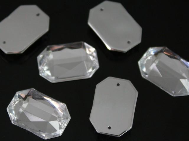 Cristallo acrilico rettangolare sfaccettato 2 fori, da cucire o incatenare, colore puro, fondo specchio