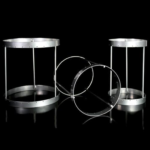 Montatura verniciata cromo per portacandela, bordo 6 mm con 27 fori per catene di cristalli. Ø16 x h18 cm