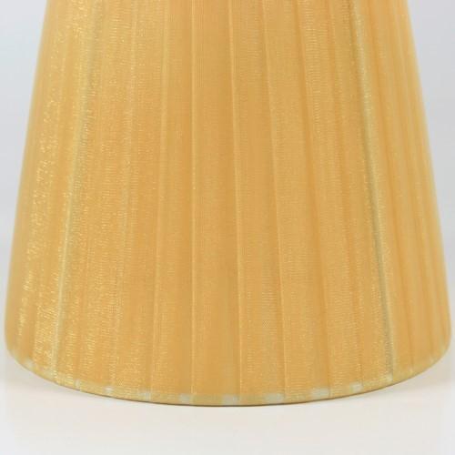 Paralume 14x10x12 cm  rivestito in velo siena organza ambra. Montatura bianca attacco E14