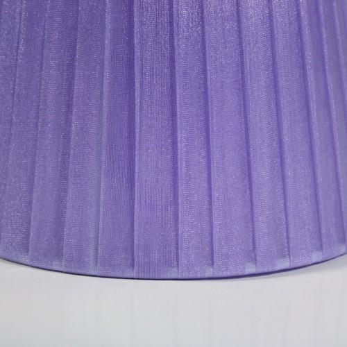 Paralume 14x10x12 cm rivestito in velo siena organza viola. Montatura bianca attacco E14
