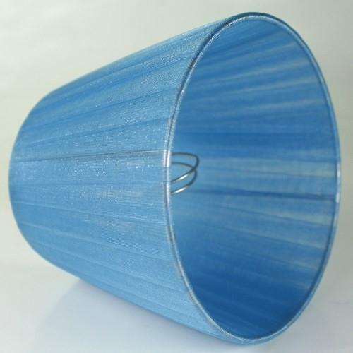 Paralume 14x10x12 cm tronco conico rivestito da organza celeste. Montatura argento attacco a molla.