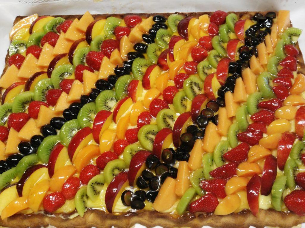 Crostata di frutta fresca, Bella da vedere, buona da gustare