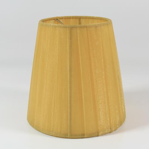 Paralume  Ø12 Ø8 h12 cm tronco conico rivestito da velo siena ambra n°6. Montatura oro a molla.