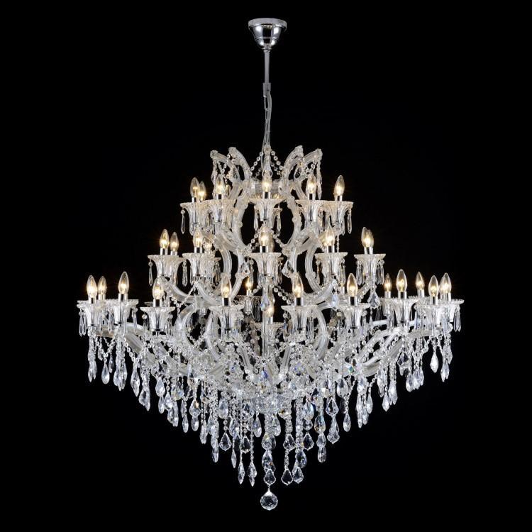 Grande lampadario 41 luci in cristallo stile Maria Teresa con pendagli