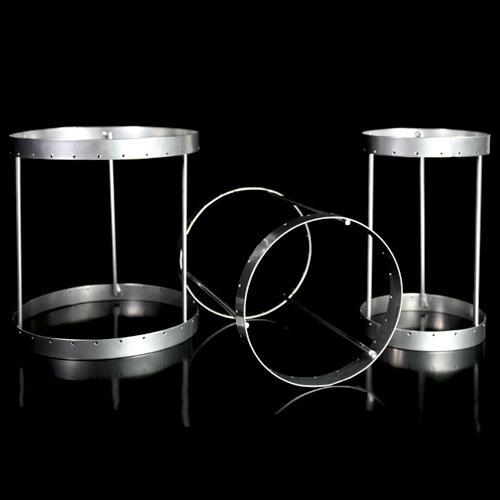 Montatura verniciata cromo per portacandela, bordo 6 mm con 18 fori per catene di cristalli. Ø10 x h18 cm
