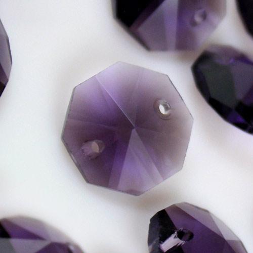 Ottagono 14 mm viola vetro cristallo molato 16 facce 2 fori.