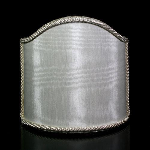 Paralume ventola shantung moire' color avorio con bordura cordonata avorio.