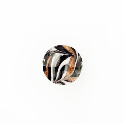 Perla di Murano schissa Fenicio Ø14. Vetro bianco, grigio, nero e avventurina. Foro passante.