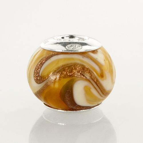 Perla di Murano stile Pandora Fenicio Ø13. Vetro ambra, avorio, topazio e avventurina. Borchia argento 925. Foro passante.
