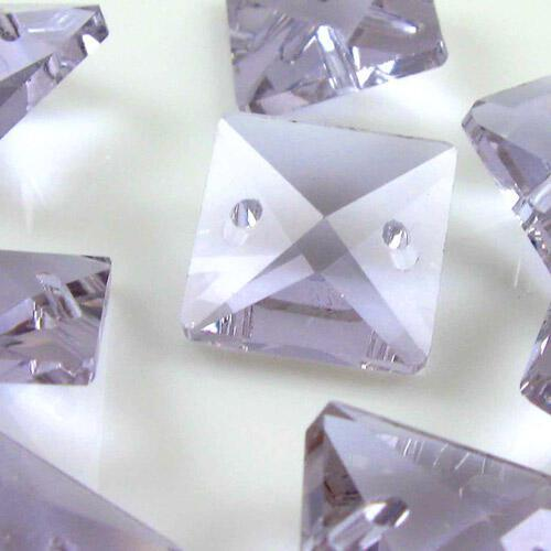 Quadruccio 16 mm viola alessandrite cristallo vetro sfaccettato 2 fori