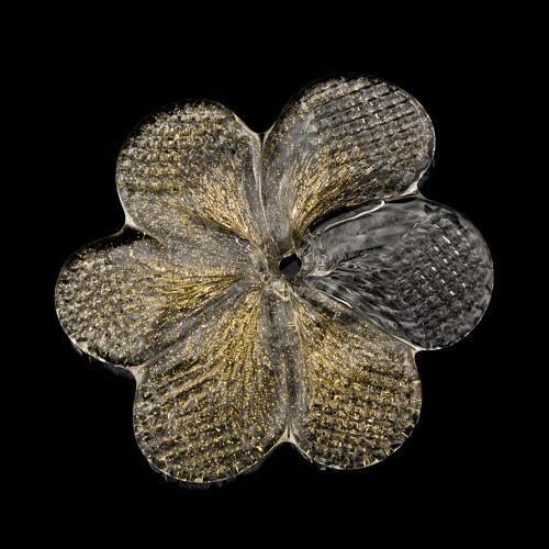 Rosellina, fiore fatto a mano in vetro di Murano cristallo screziato oro zecchino Ø80 mm con foro centrale.