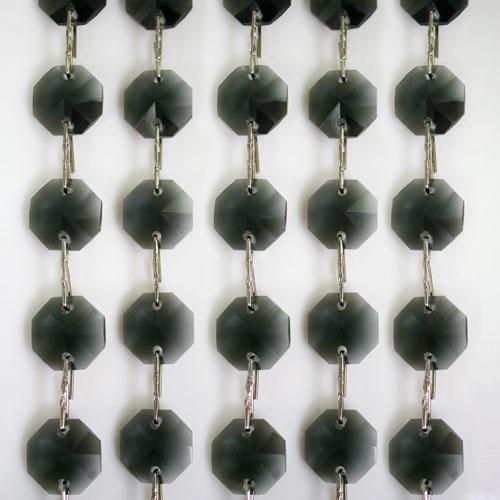 Catena ottagoni 14 mm in cristallo grigio, lunghezza 50 cm. Clip nickel.