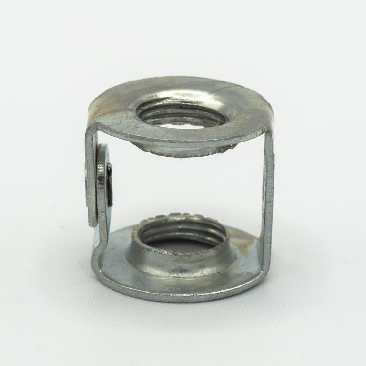 Cavallotto raccordo M10x1 leggero zincato