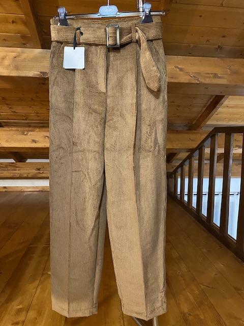 Pantalone in velluto con cintura Vicolo