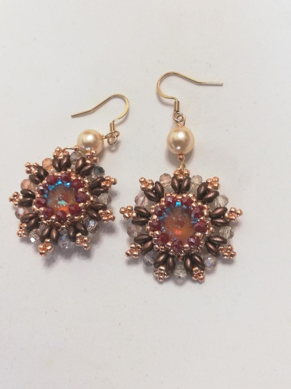 Handcrafted earrings with clasp | Online sale earrings