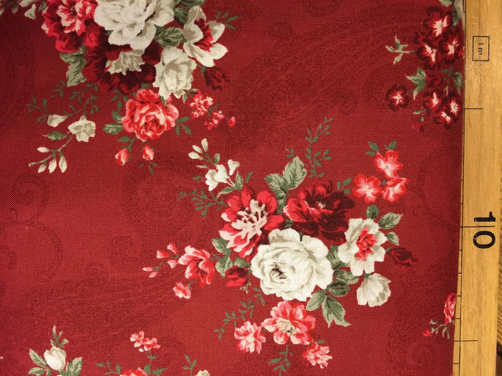 Tessuto americano fondo rosso b.rose grandi