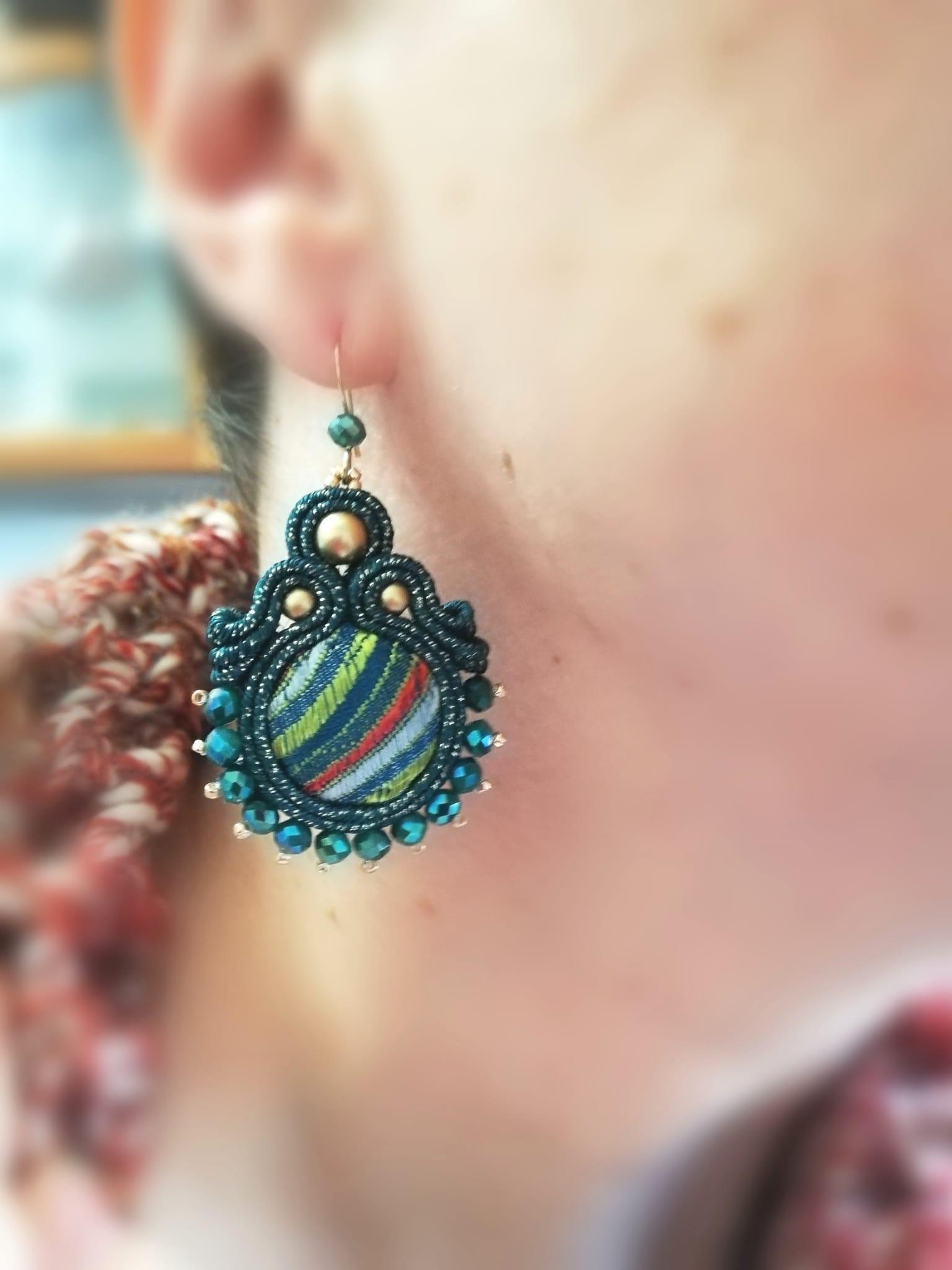Boucles d'oreilles originales faites à la main | Bijoux fantaisie en ligne