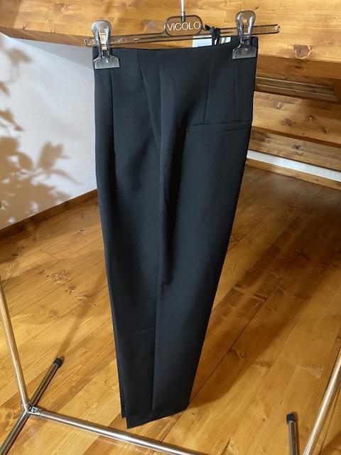 Pantaloni Vicolo con pieghe davanti Taglia M Fucsia L Nero