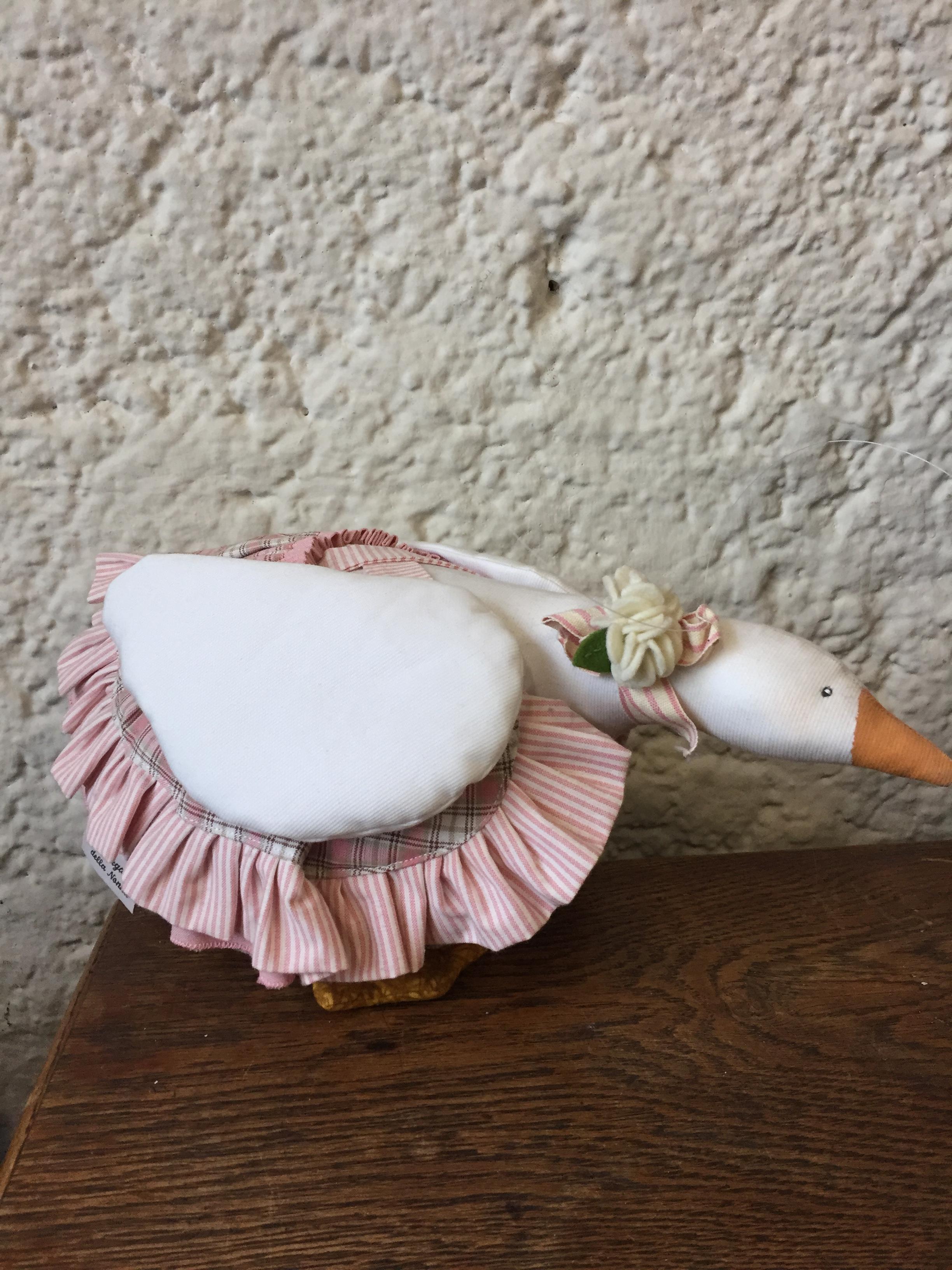 Cartamodello oca con gonnella