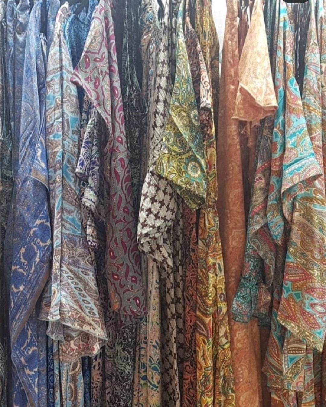 Abbigliamento etnico donna online