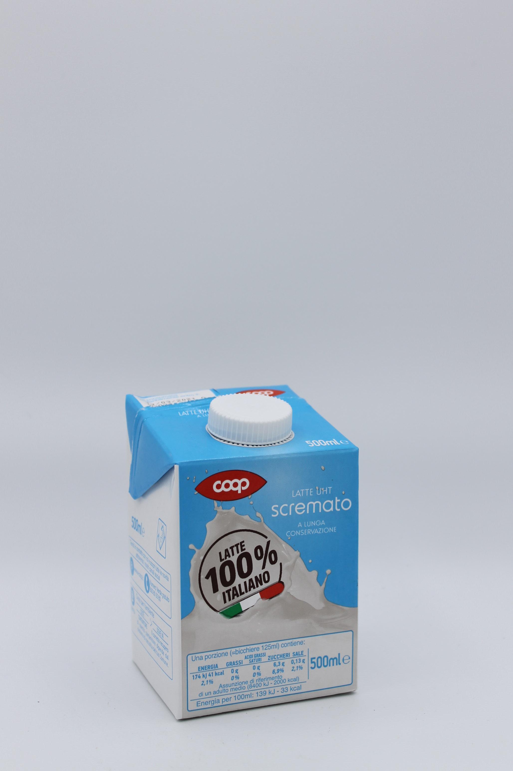 Coop latte uht scremato 500 ml.