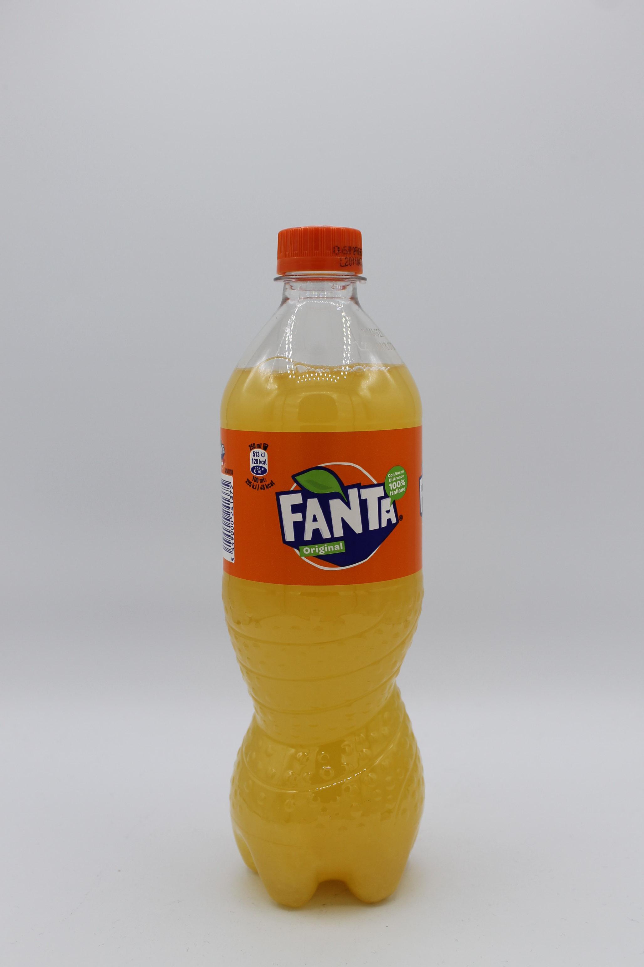 Fanta bottiglia 660ml.