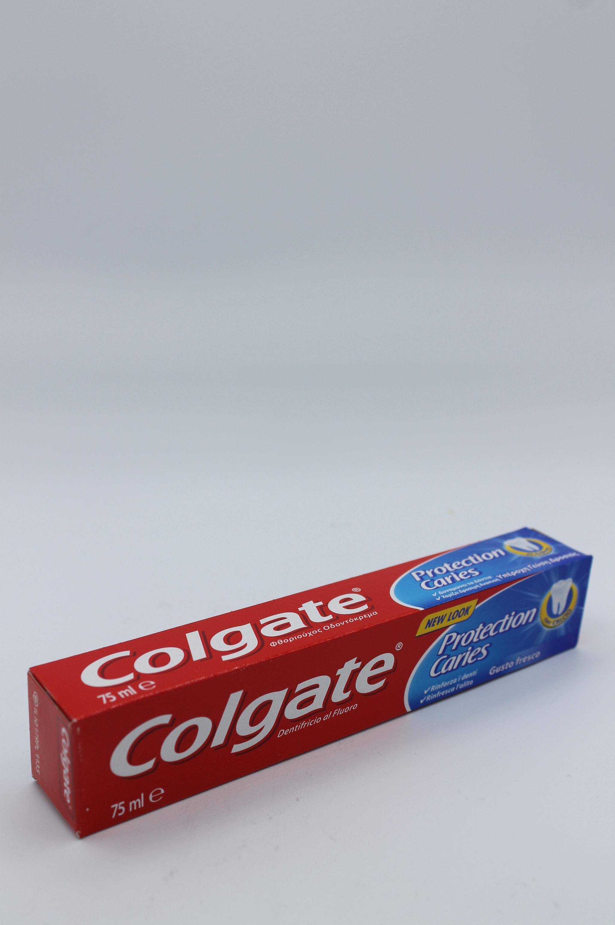 Colgate dentifricio 75ml vari tipi.