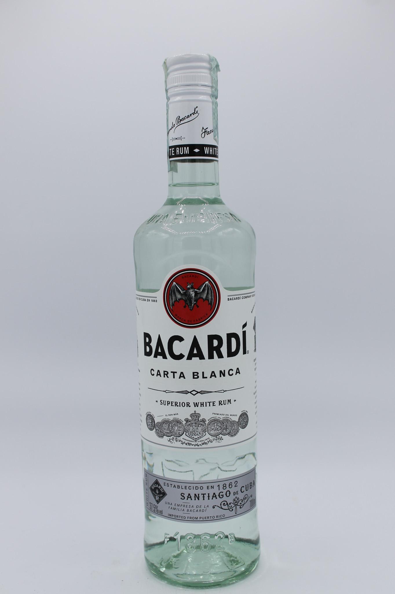 Bacardi rum carta blanca 700ml.