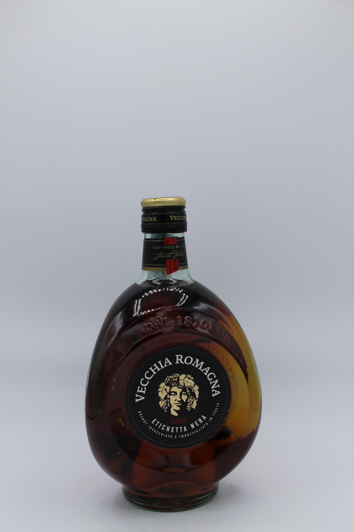 Vecchia Romagna brandy etichetta nera 700ml.