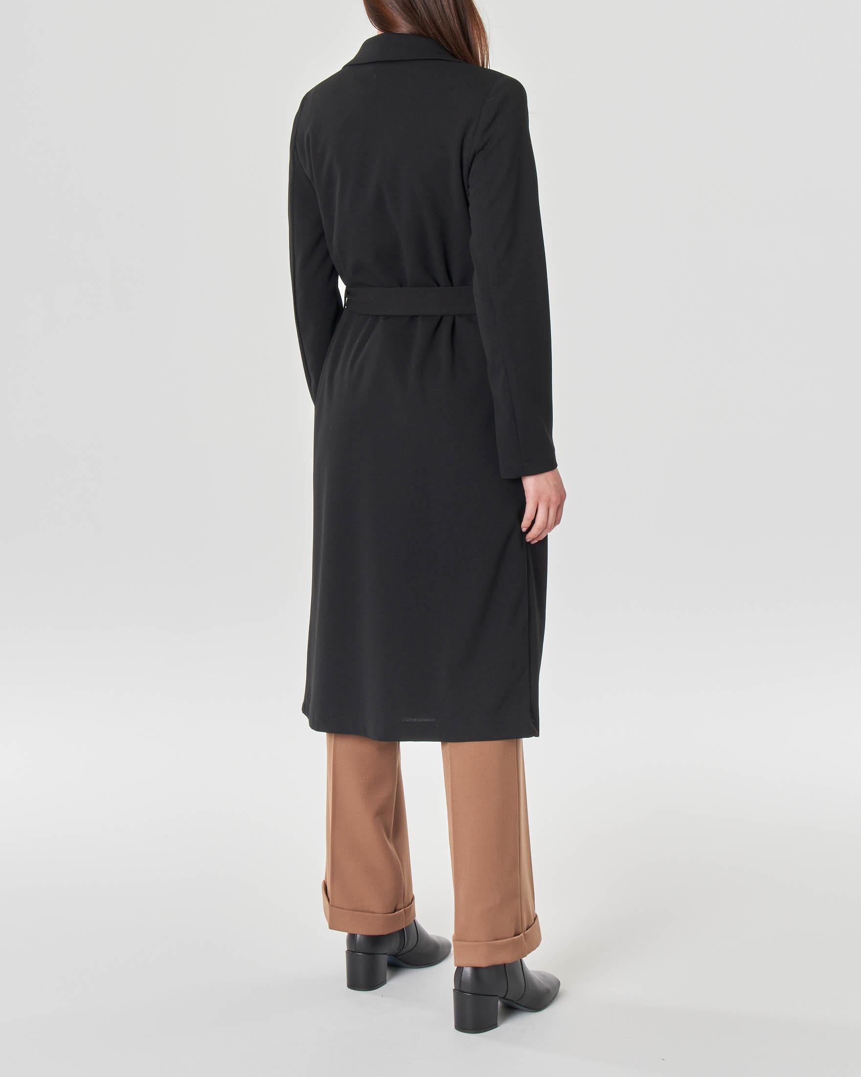 Cappottino nero in crêpe sfoderato con cintura in vita e scollo a rever