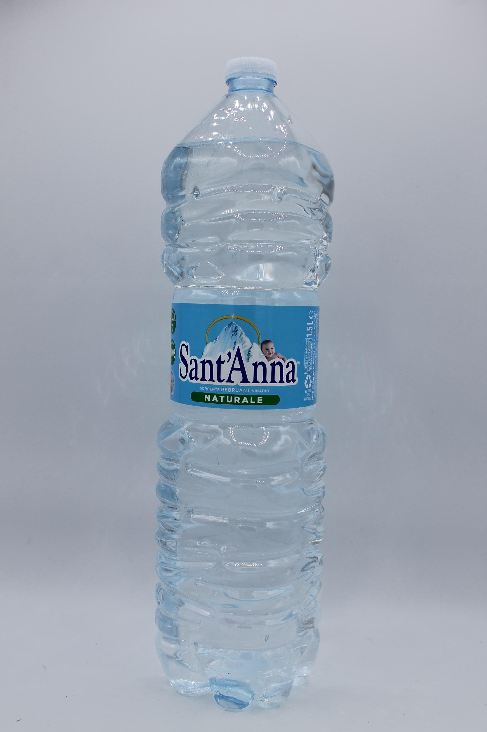 Sant' Anna acqua naturale.