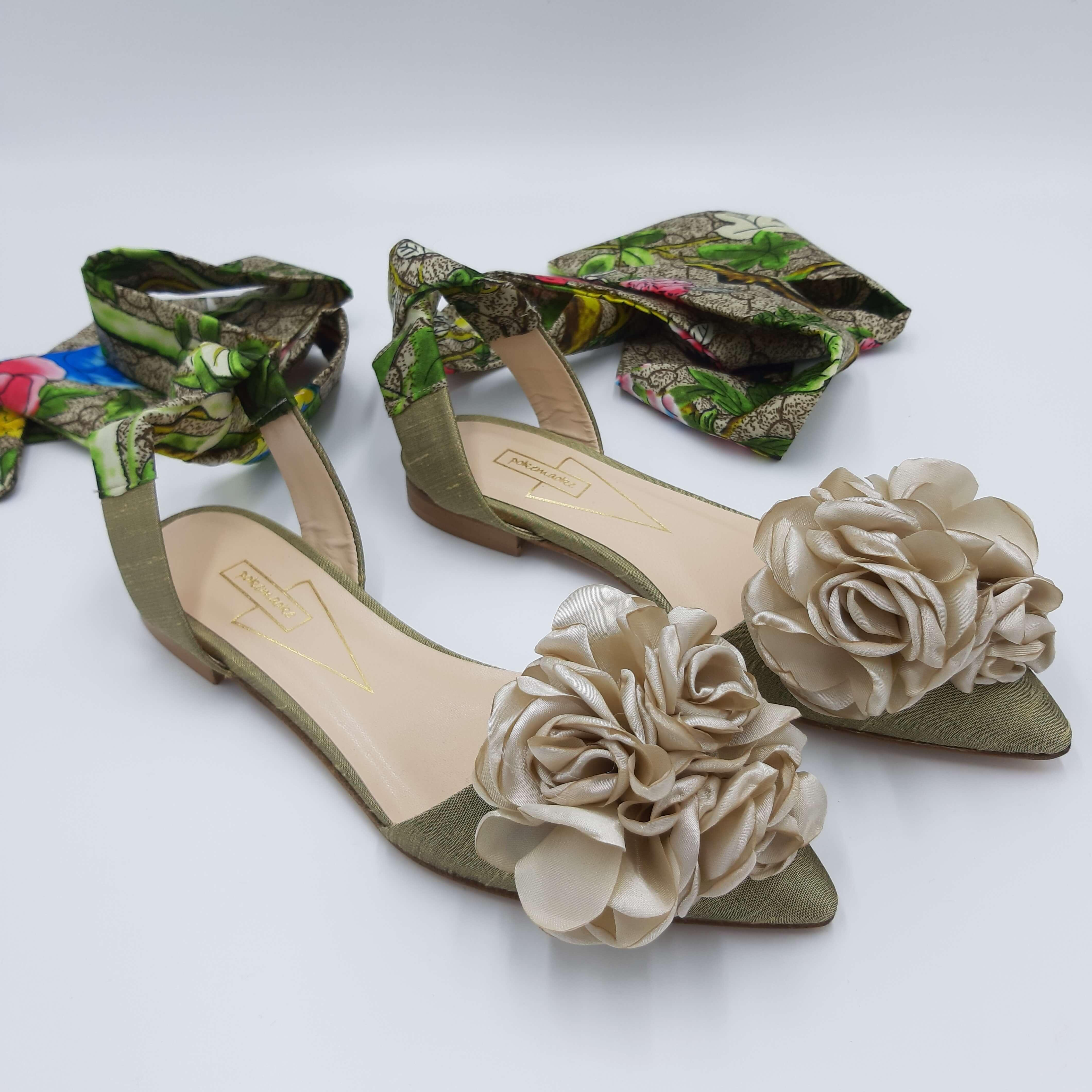 Sandalo verde con fiore Pokemaoke