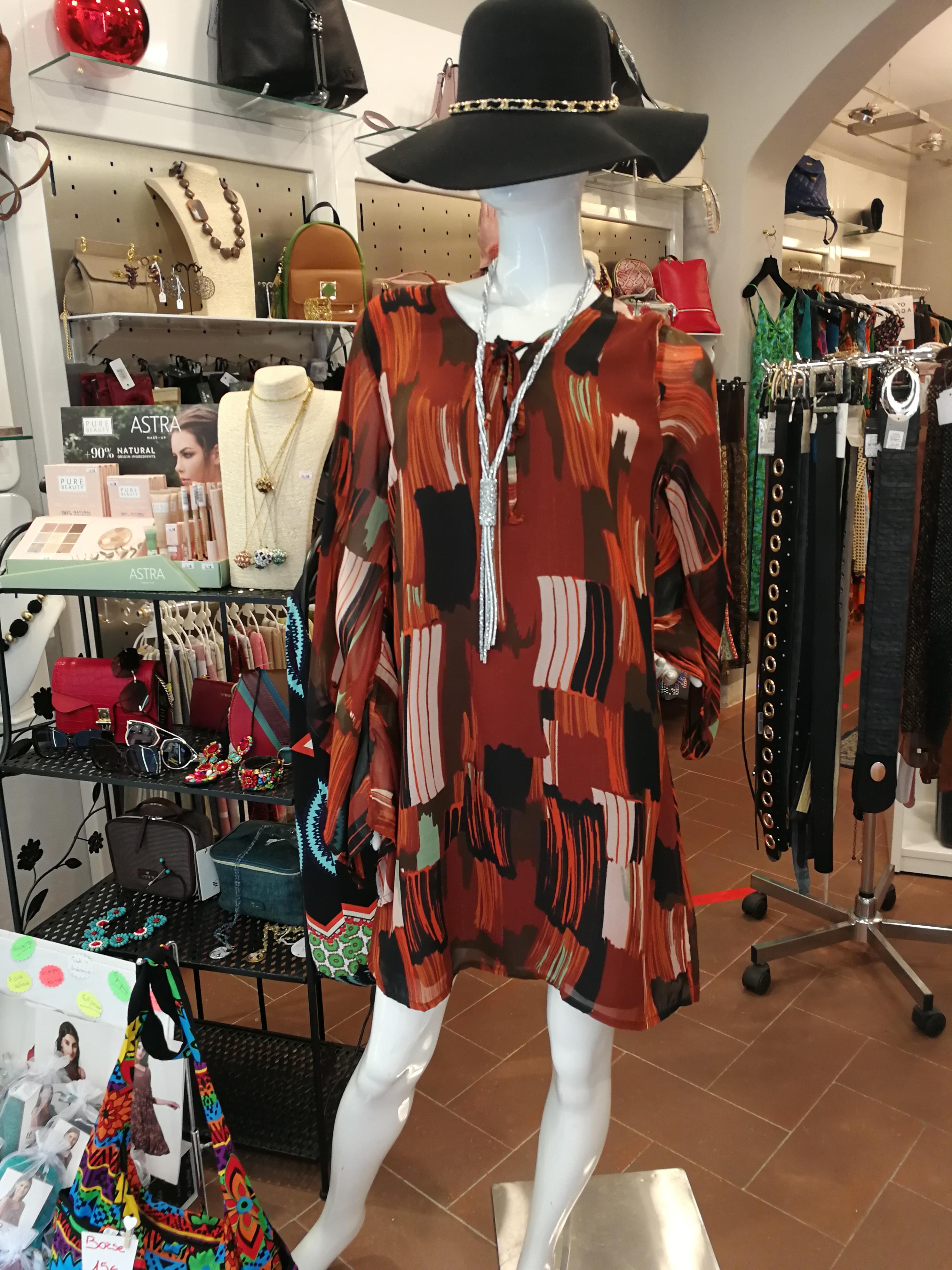 Robe courte taille confortable | Vente en ligne de vêtements d'été