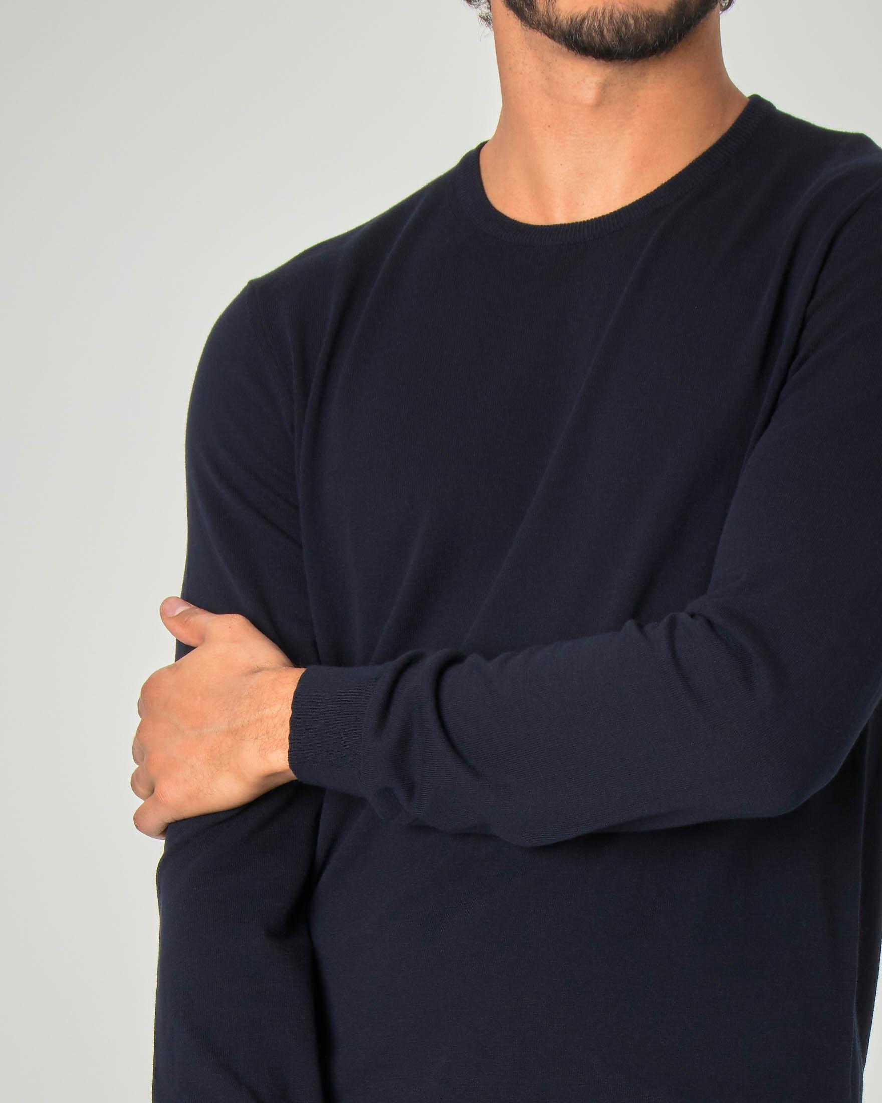 Maglia blu girocollo in crêpe di cotone