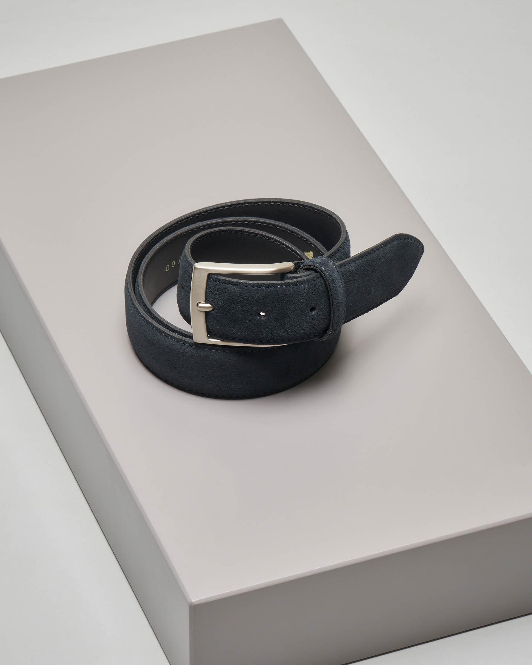 Cintura blu scuro in pelle scamosciata