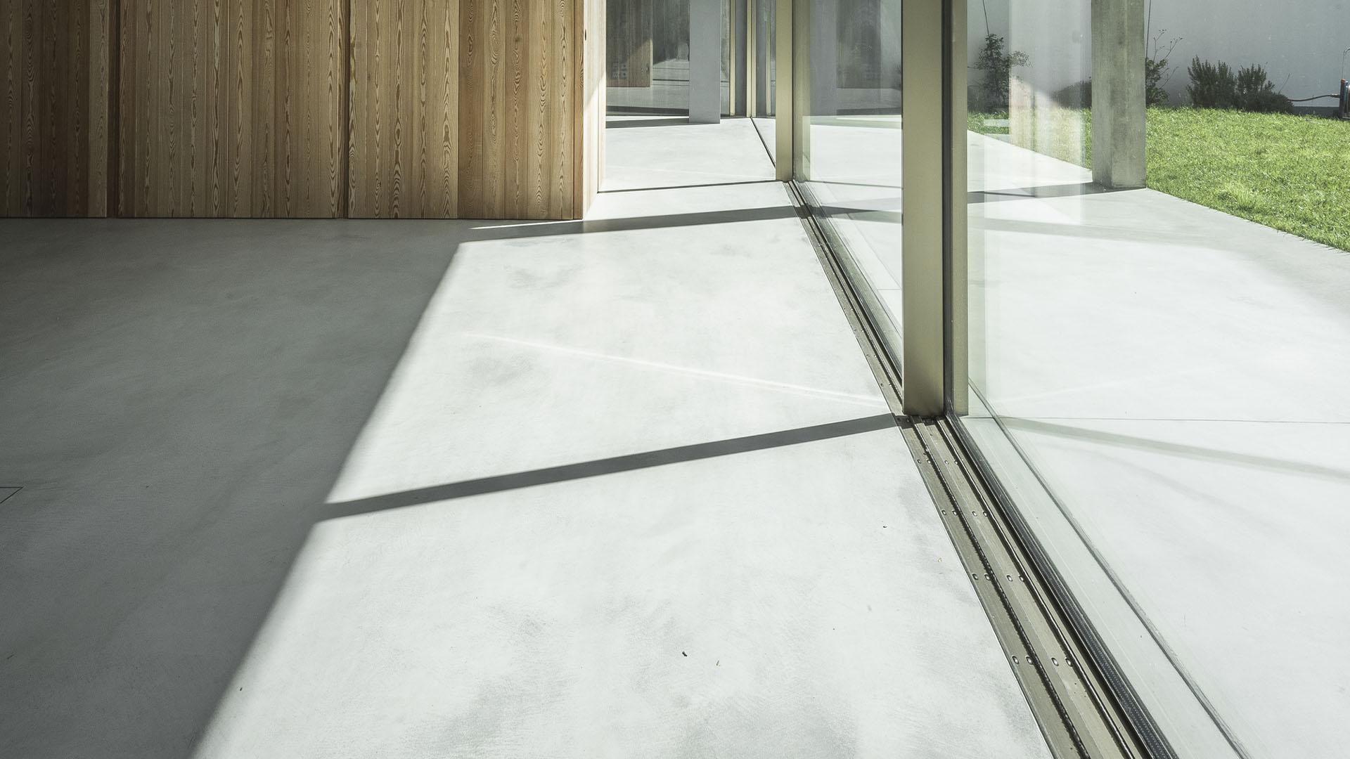 Wall2Floor Sand