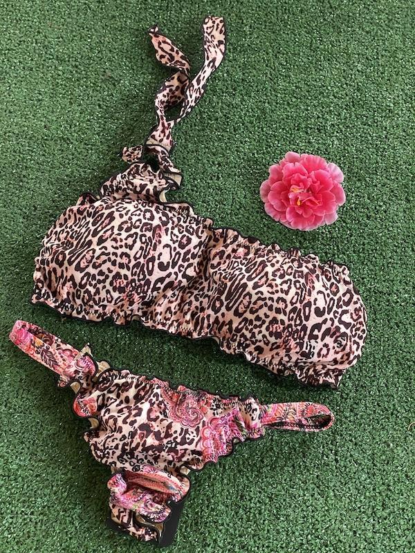 Bikini fascia monospalla e slip brasiliano fisso Mantra Effek