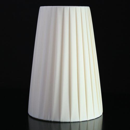 Paralume 14x9x20 cm rivestito in pongè nastrato color avorio. Attacco E14