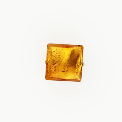 Perla di Murano schissa quadrata Ø14. Vetro sommerso topazio, foglia oro. Foro passante.