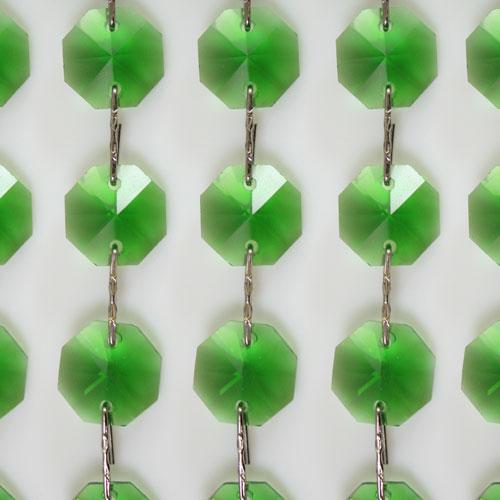 Catena ottagoni 20 mm in cristallo colore verde lunghezza 50 cm, clip nickel.