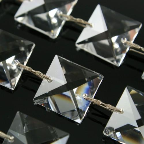 Catena quadrucci 18 mm cristallo Asfour, lunga 50 cm, clip nickel.