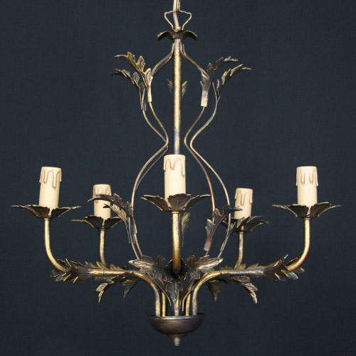Lampadario stile fiorentino 5 luci finitura bronzo, con attacchi per cristalli