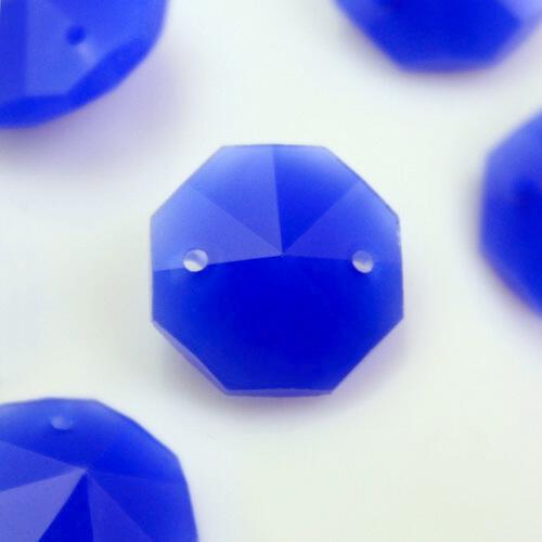 Ottagono 14 mm blu seta vetro cristallo molato 16 facce 2 fori.