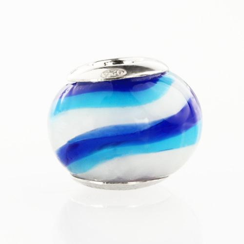 Perla di Murano stile Pandora Sommersa Ø13. Vetro bianco, blu lapis, azzurro. Borchia argento 925. Foro passante.