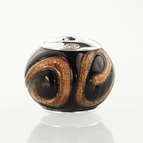 Perla di Murano stile Pandora Vortice Ø13. Vetro nero e avventurina. Borchia argento 925. Foro passante.